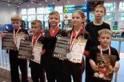 Medale najmłodszych kickbokserów